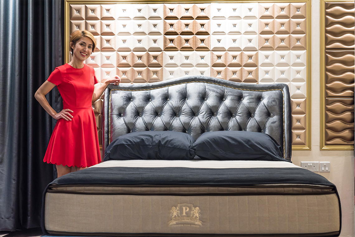 Customize Luxurious Storage Bed Frame